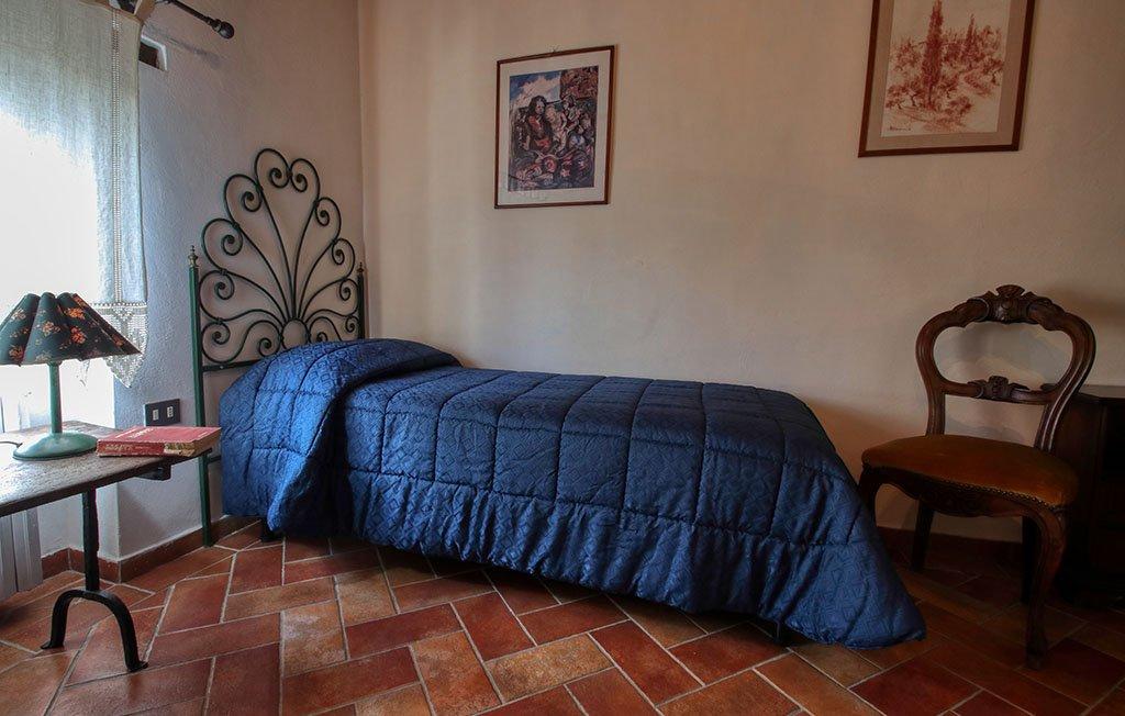 Camera singola appartemento Serena - Agriturismo trebbiolo Toscana