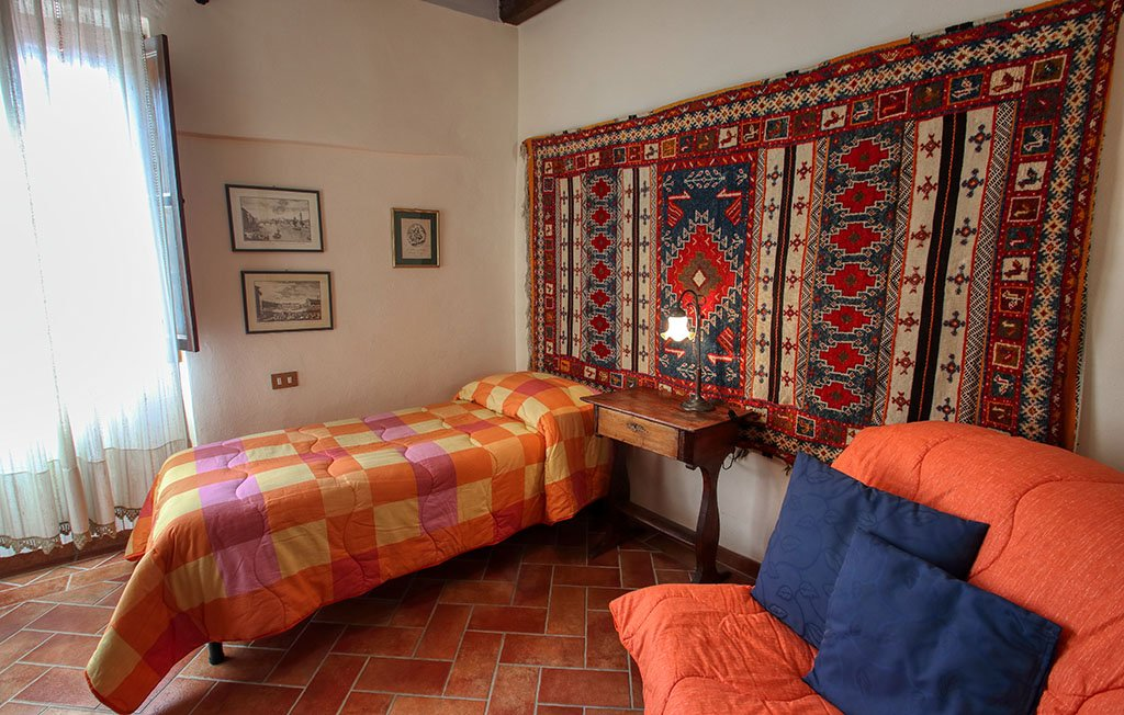 Camera singola appartamento Melograno - Agriturismo Trebbiolo Toscana